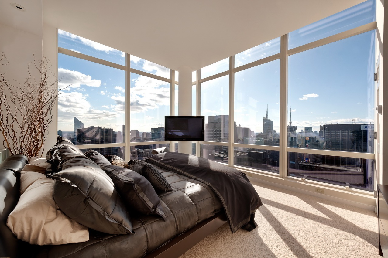 Central park 39 s penthouse a 3 bedroom 3 bathroom on top for Penthouses for sale in manhattan